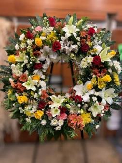 Corona de flor fresca variada