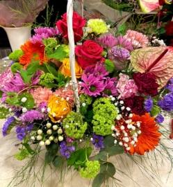 Cesta de  flor variada fresca
