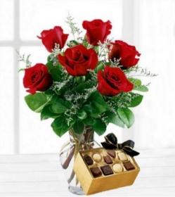 Ramo 6 rosas rojas con bombones
