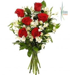 Ramo rosas rojas frescas